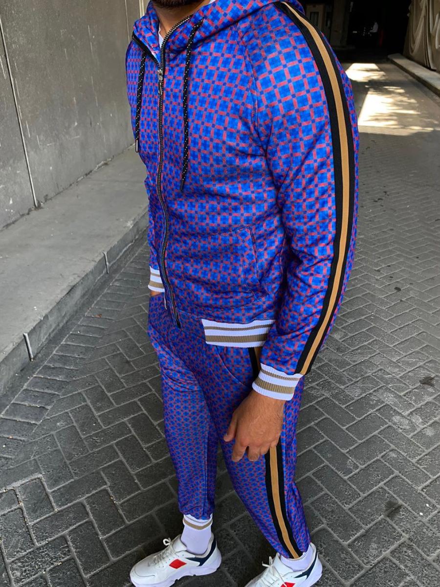 Спортивный костюм фиолетовый