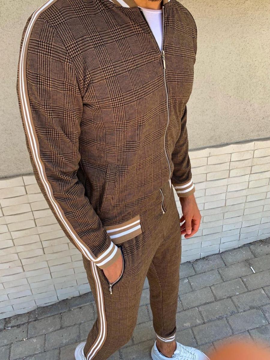 Спортивный костюм с коричневый